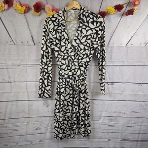 DVF New Jeanne Two BLK/WHT Silk Wrap Dress SZ 12